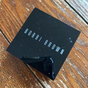 Bobbi Brown Brightening Brick